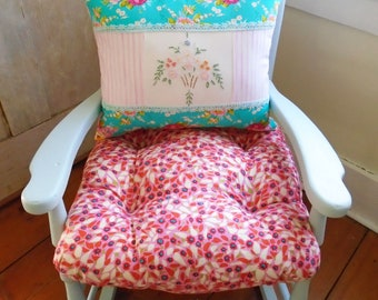 Pink Chair Cushion, SALE Tufted Linen, Chair Pad With Ties, Floral Seat  Room Rocking Chair, Anna Maria Horner 16 Inch Bedroom, Nursery Decor