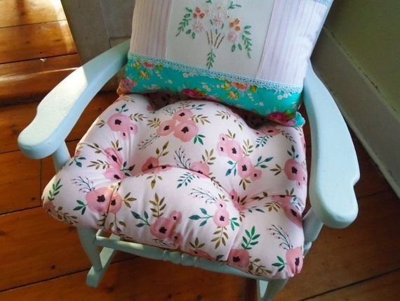 Superbe Pink Chair Cushion Tufted Pad Pastel Watercolor Floral   Etsy