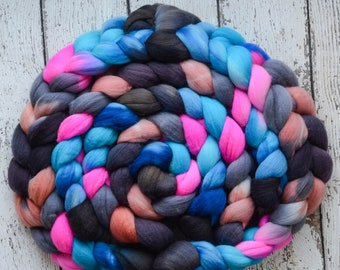 Organic Polwarth 'Hello Gorgeous' 4 oz pink spinning fiber, black roving by the pound, Created by ElsieB combed top dyed roving for spinning