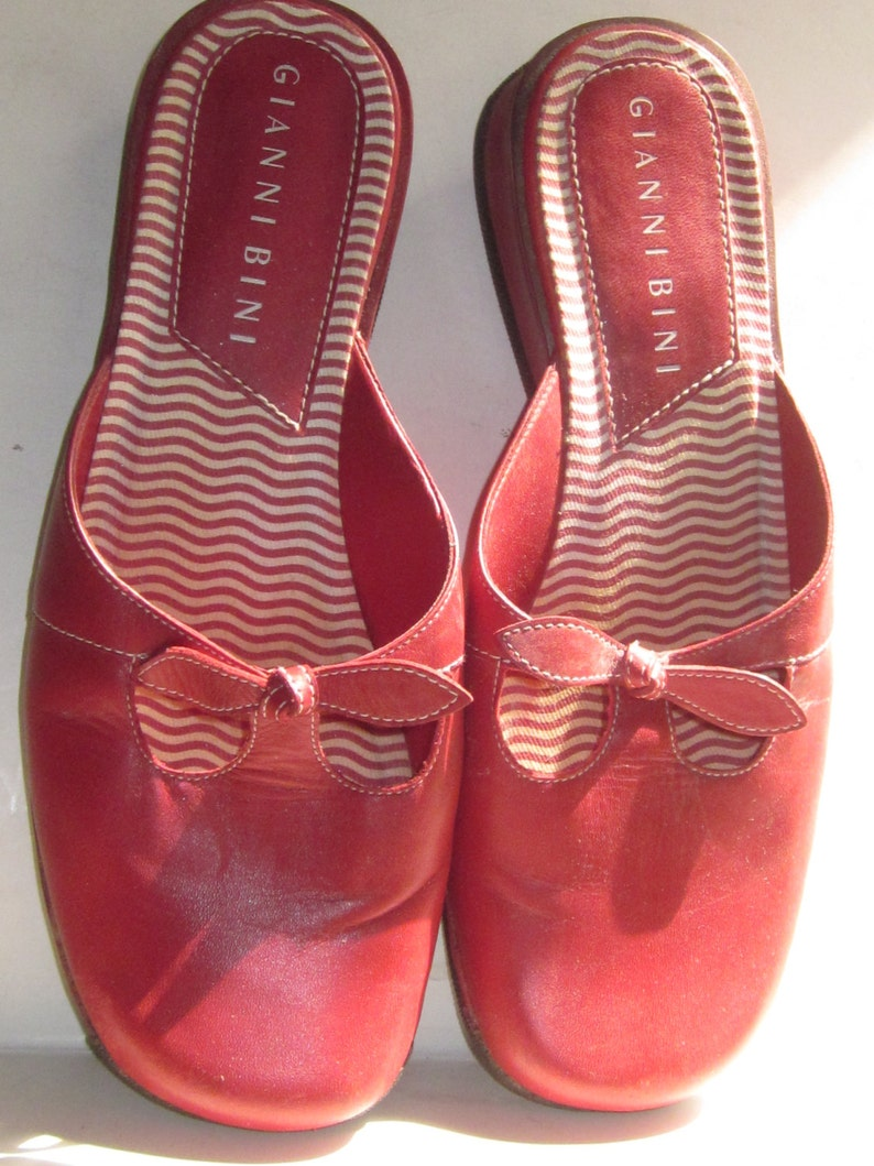 2a9ceb3a8a GIANNI BINI Vintage Red Leather BowPeep Mule Slip-On Closed | Etsy
