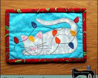 PDF Pattern for Cat & Lights Mug Rug, Christmas Mug Rug Pattern, Cat Mini Quilt Pattern - Sewing Pattern,  Tutorial, DIY