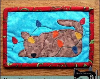 PDF Pattern for Dog & Lights Mug Rug, Christmas Mug Rug Pattern, Dog Mini Quilt Pattern - Sewing Pattern,  Tutorial, DIY