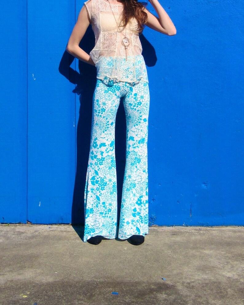 010a408fd1c3c FLORAL PRINT 70's seafoam green free people hippie boho   Etsy