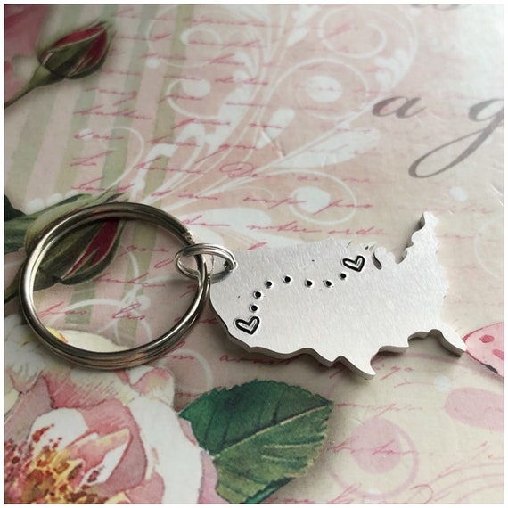 Long Distance Key Chain - Personalized United States Map Keychain - US Key  Ring - Heart Stamped on Your City or State - Valentine\'s Day Gift