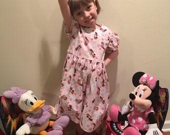 Disney Minnie Mouse with Flowers Girls Pink Dress Size 2T, 3T