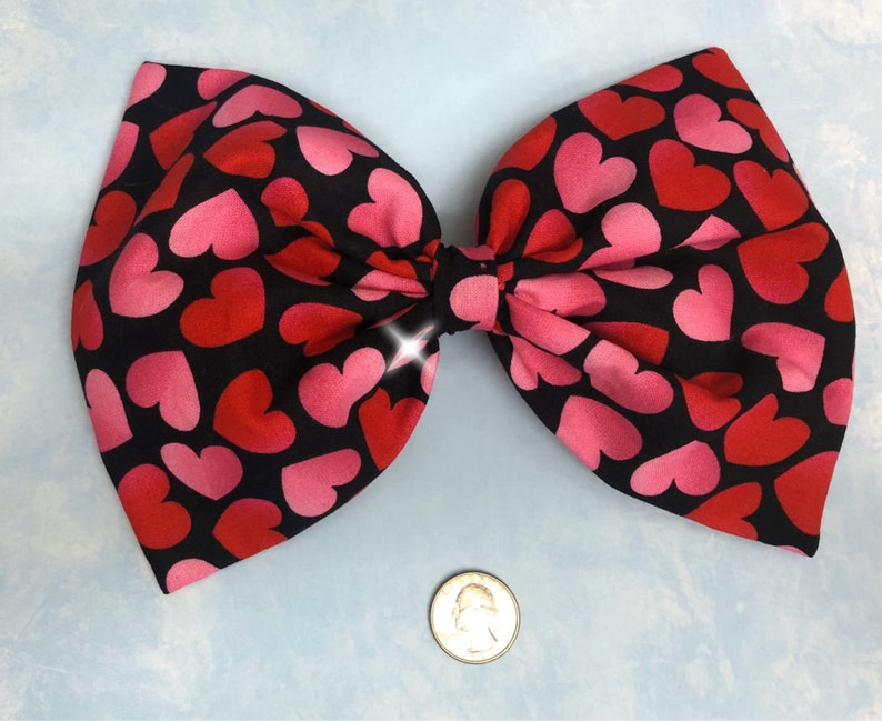 Large red and pink hearts hair bow image 0