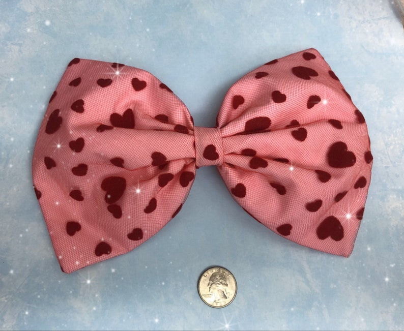 Large all over heart Valentines hair bow image 0