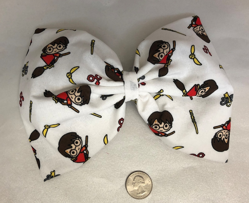 Chibi Harry Potter Quidditch Large hair bow image 0
