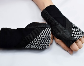 Clubwear accessory fingerless warmers fingerless gloves wrist warmers biking gloves wrist tattoo cover arm sleeves arm warmers sleeves WRW1