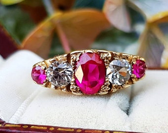 3d66413fa932 Vintage 1970 9ct Yellow Gold Ornate Ruby   White Spinel 5 Stone Ring   Size  R or 9
