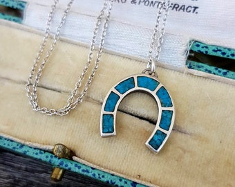 f9f3b2ad9697 Vintage Sterling Silver Turquoise Lucky Horseshoe Amulet Pendant Necklace  925
