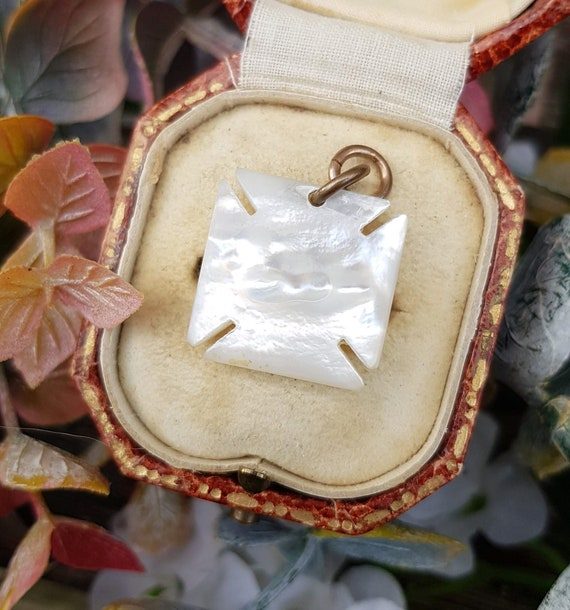 Antique Victorian Mother of Pearl Maltese Cross L… - image 7