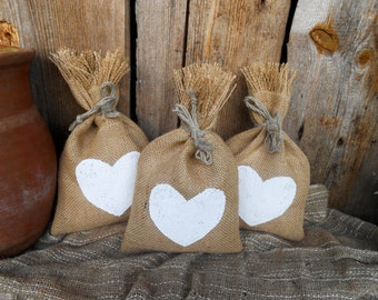 Favor Bag Burlap Wedding Favor Bags Heart Bag Candy Bag Burlap Favor Bags Shabby Chic Wedding Burlap Gift Bag Heart Gift Bag Rustic Gift Bag