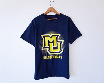 cheap for discount 4b2c6 6dba9 Vintage 90 s MARQUETTE Golden Eagles Collegiate College Basketball Athletic  Crew T-Shirt Size Large