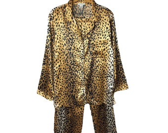 Vintage 90's Leopard Print Evandale Intimates 2 Piece  Satin Pajama Top & Bottom Set Size Large