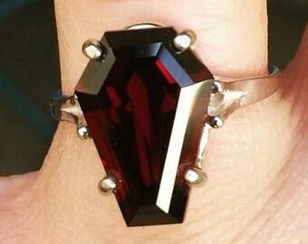 Coffin Gems® - 5CT SOLITAIRE RING - Blood Garnet!