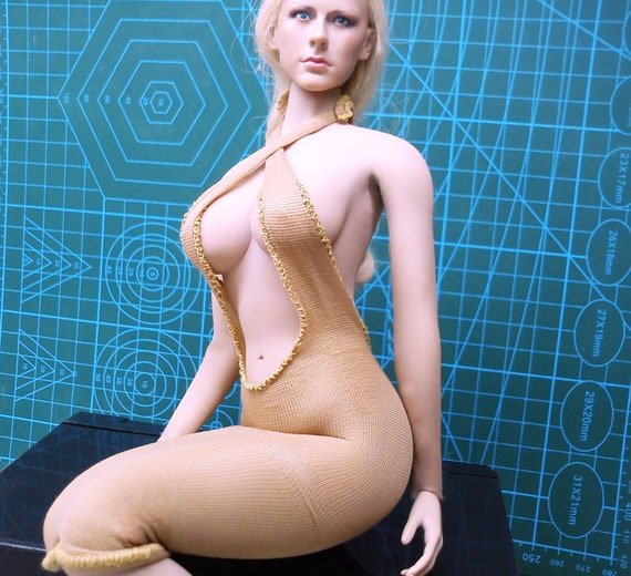 """1//6 scale female CUSTOM BLACK SWIMSUIT FIT ACTION FIGURE 12/"""" SEAMLESS BODY"""