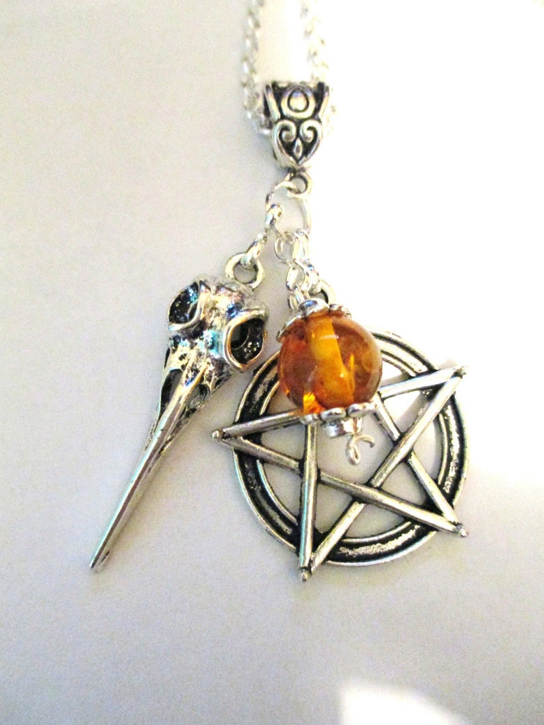 ST BENEDICT DEVIL CHASER CHARM PROTECT FROM EVIL~WITCH VIAL TO KEEP DEVIL AWAY