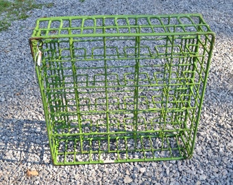 Vintage Green Wire Rack Industrial Glass Dish Washer Organizer Photo Prop Display Rusty Chippy Worn PanchosPorch