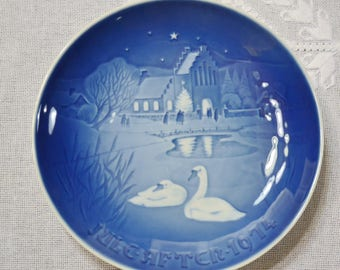 Vintage Christmas Plate 1974 Christmas in the Village Blue and White Bing Grondahl B & G Copenhagen Porcelain Denmark PanchosPorch