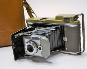 Vintage Polaroid Land Camera Model 80 with Leather Carry Case Bag Instant  Film Photography PanchosPorch 29954a7900b