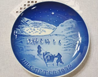 Vintage Christmas Plate 1972 Christmas in Greenland Blue and White Bing Grondahl B & G Copenhagen Porcelain Denmark PanchosPorch