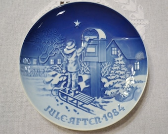 Vintage Christmas Plate 1984 The Christmas Letter Blue and White Bing Grondahl B & G Copenhagen Porcelain Denmark PanchosPorch