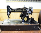 Vintage Singer Model 99 Sewing Machine with Bentwood Cover Key Knee Operated AA 1924 PanchosPorch