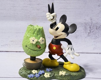 Vintage Mickey Cuts Up Figurine Walt Disney Collectible A Little Off The Top Porcelain Statue PanchosPorch