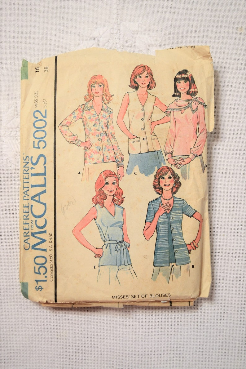 McCalls 5002 Sewing Pattern Misses Blouses Size 16 DIY Vintage image 0