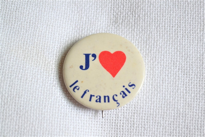Vintage J Heart le Francais  Pin Pinback I Love French image 0