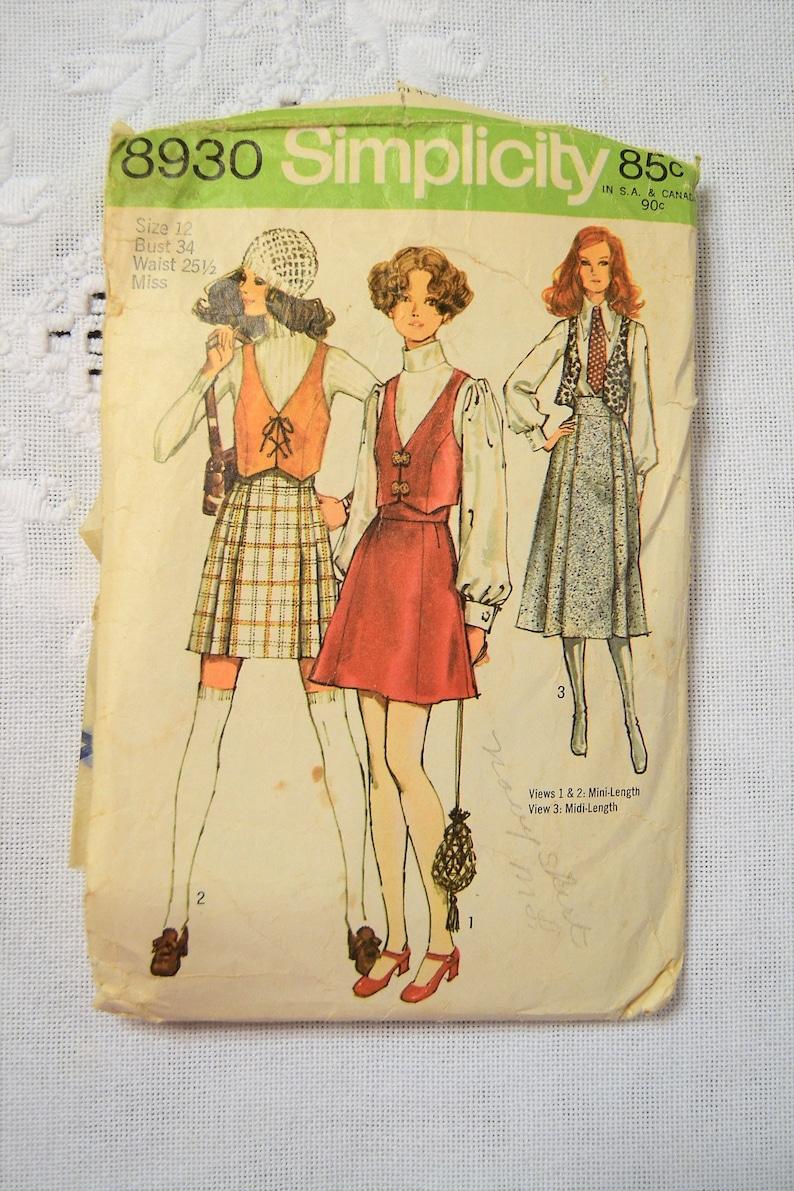 Simplicity 8930 Sewing Pattern Misses Vest Min Skirt Midi image 0