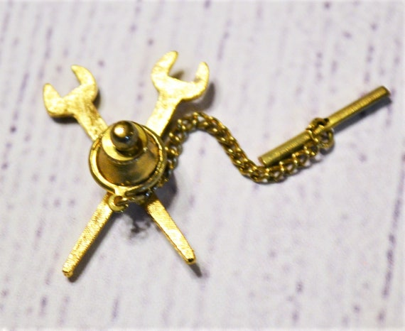 Vintage Trade Union Tie Tack Gold Tone Metal Pipes Iron Metal Workers Commemorative Pin PanchosPorch