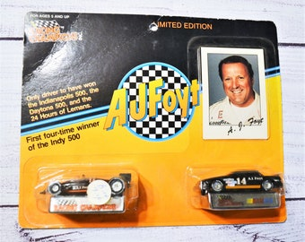 Vintage AJ Foyt 2 Car 1:64 Die Cast Race Car Set Racing Champions Indy NASCAR Racing Memorabilia Collectible. Panchosporch