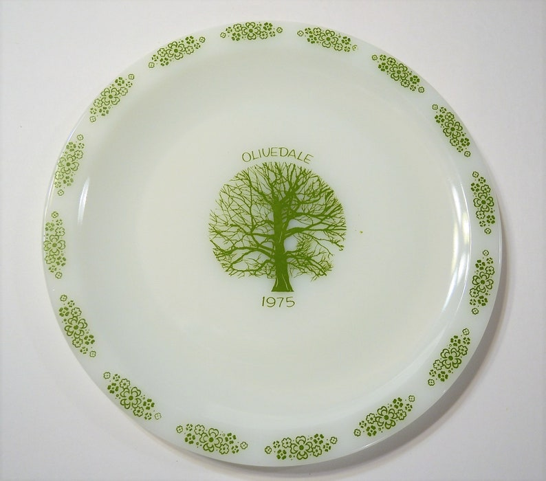 Vintage Olivedale 1975 Collectible Plate White Milk Glass image 0