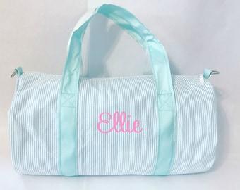 b5c3d1b4796 Monogrammed Duffle Bag   Personalized Seersucker Kids Barrel Bag   Preppy  Children s Travel Bag   Ballet--Sports--Sleepovers--Daycare