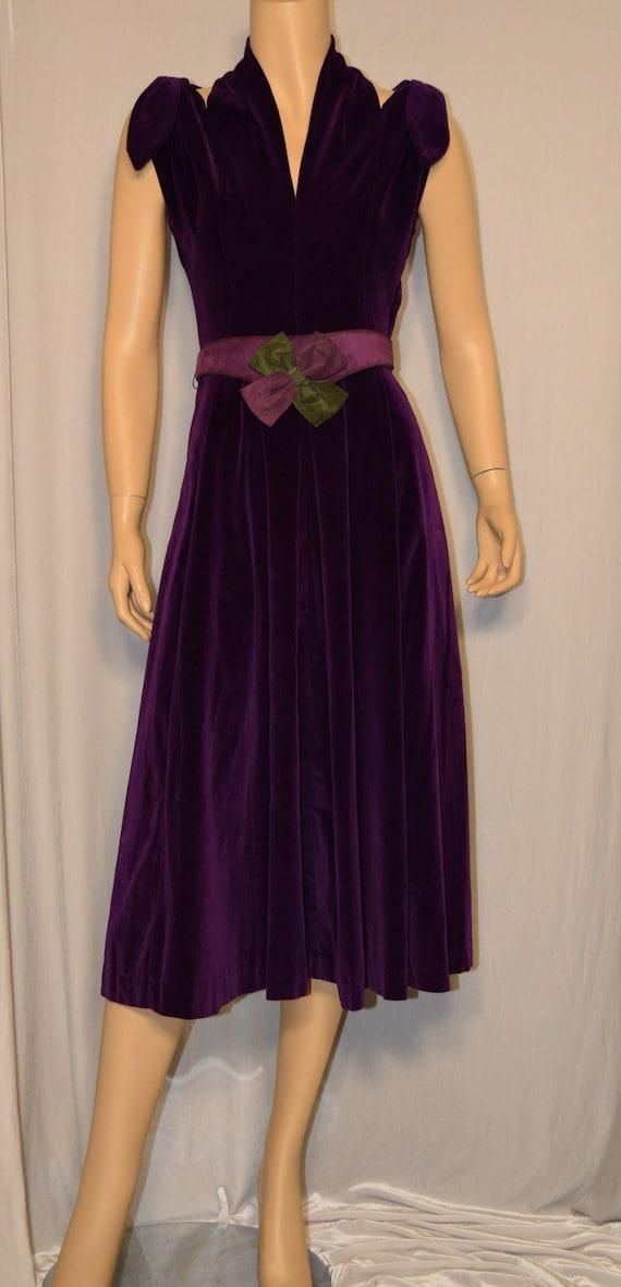 VINTAGE 1930/40s Purple Cotton VELVET Halter Bow A