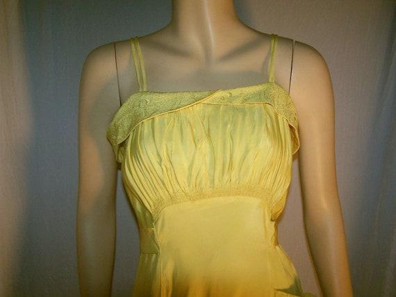 VINTAGE 1930s Yellow Taffeta Bias Cut Gown ~ FORMA