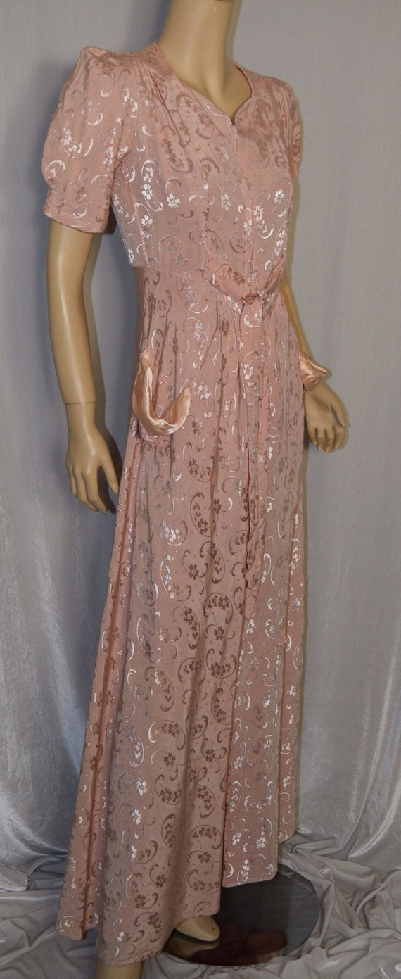 VINTAGE 1930s Pink Damask Satin Trim HOSTESS Dress