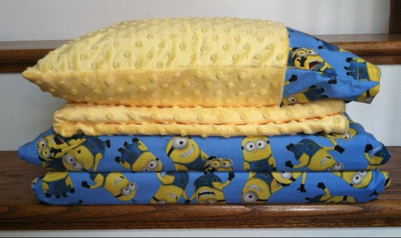 KINDERMAT Cover MINIONS on Aqua 3 or 4 piece Sets OR 2