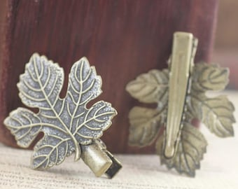 Set of 3 leaves in bronze, retro hair clips (7137)