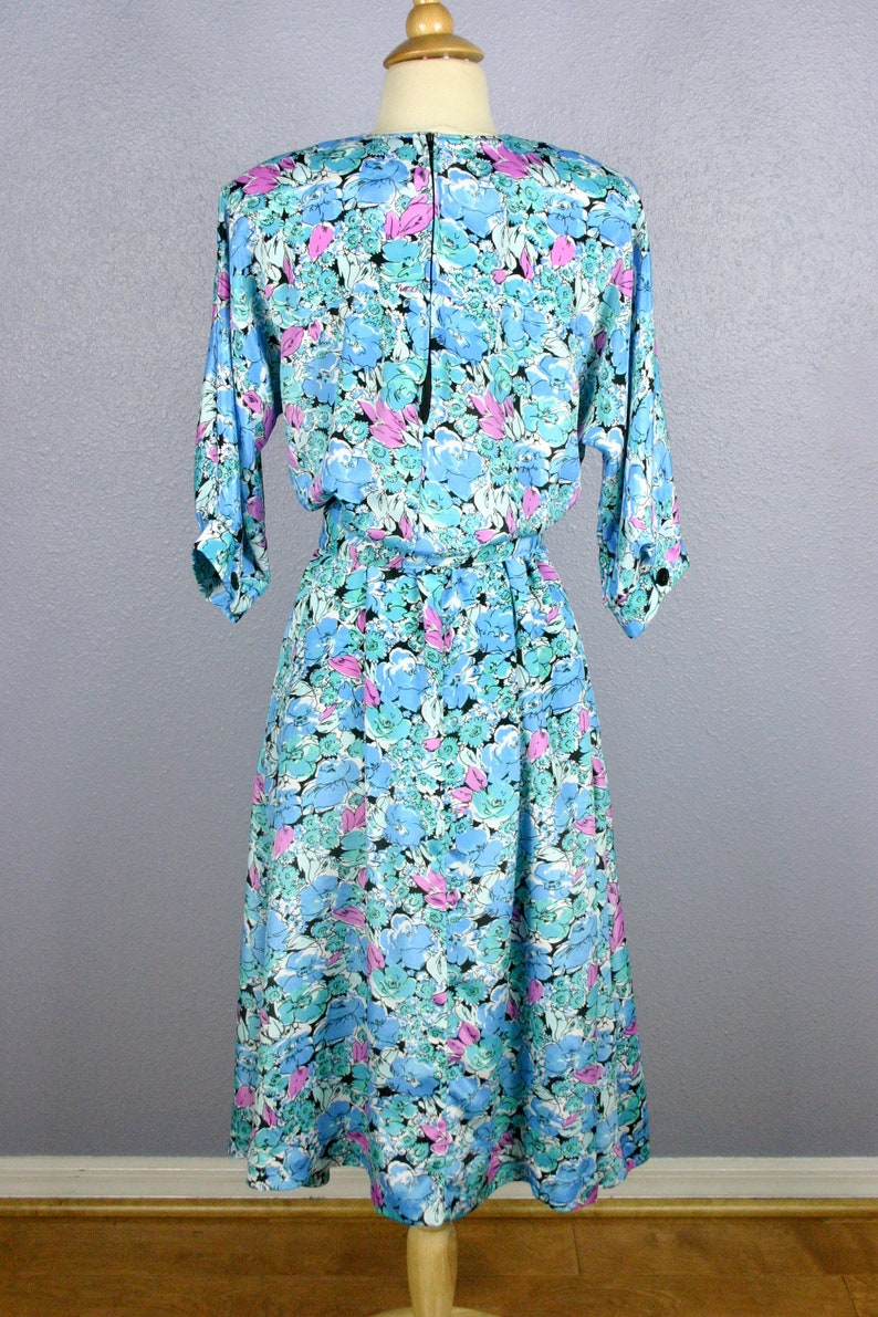 Vintage 80s Dress FLORAL Print Dress Secretary Dress MOD Dress 1980s ROMANTIC Day Dress Shirt Dress BoHo Belted Midi Dress 80s Does 50s