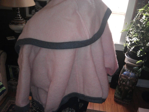 1970's Retro pink n slate grey wool mohair Gucci J