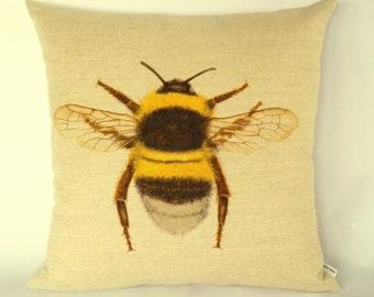 Bumble Bee Cushion Cover, Bumble Bee pillow, garden creatures, garden wildlife, Springtime garden, Summer garden, nature's creatures