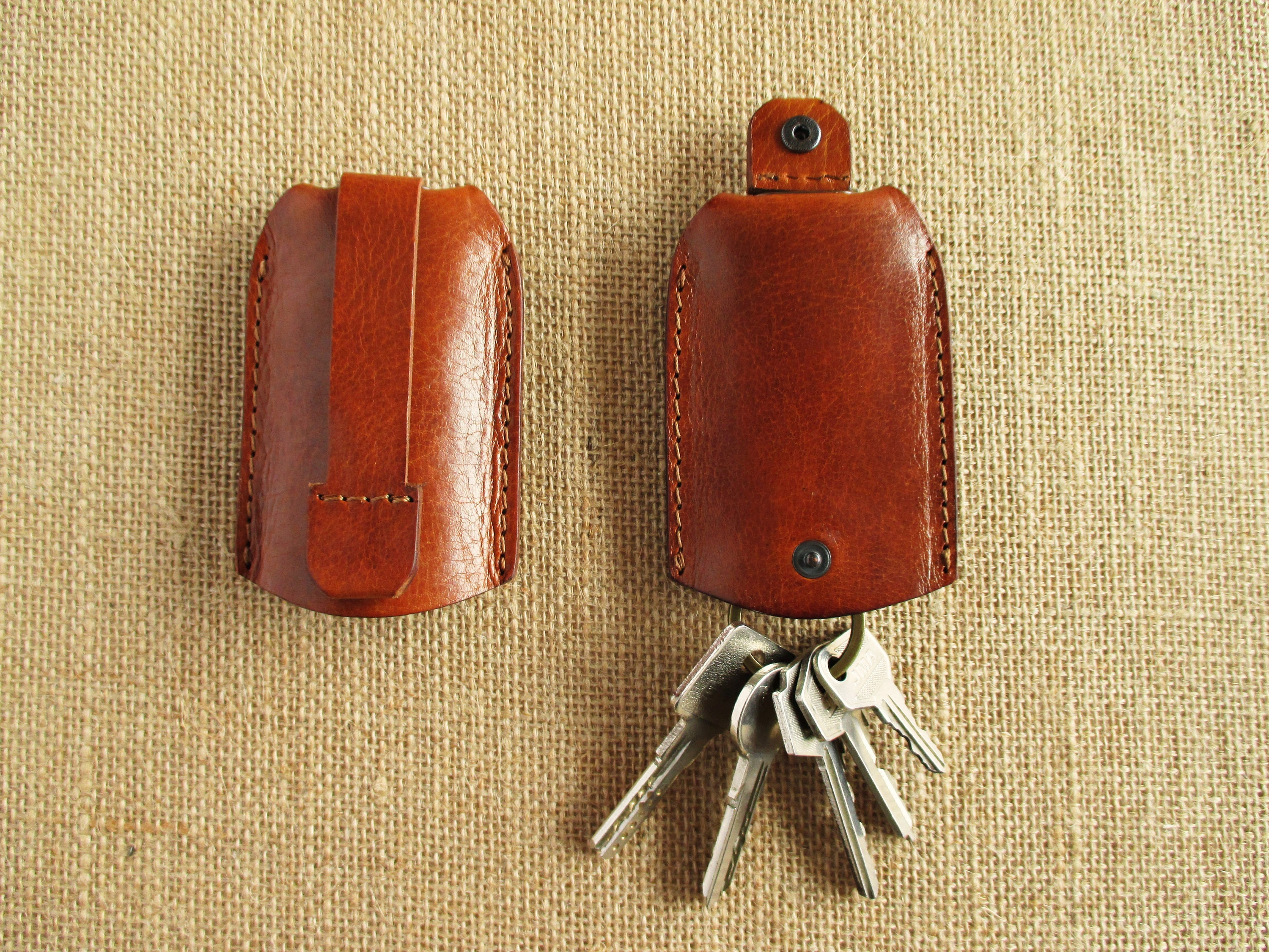 Leather key holder with pull strap keychain key pouch  21f6651360cb