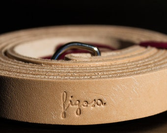 Neck leather strap for analog and mirrorless photo cameras, vintage-style. Made in Italy.
