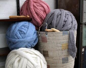 Gigantic chunky yarn, Big giant merino EXTREME arm knitting, Bulky wool knit, blanket throw, Very thick yarn, massive knitted loop 19 Micron