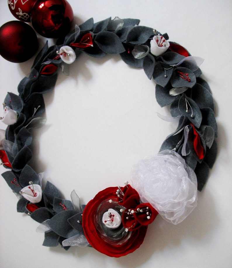 table centrepiece Perth MADE TO ORDER home decoration Large Wreath Colours of your choice