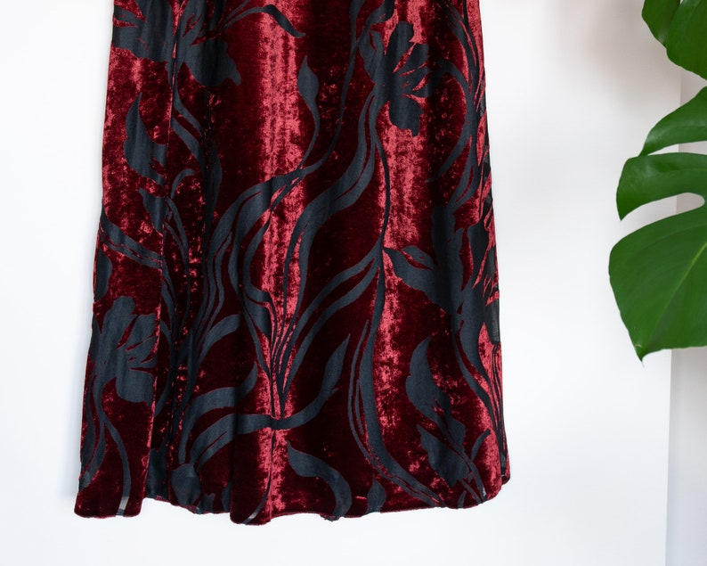 Vintage red and black patterned velvet maxi skirt