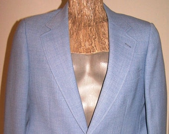 "Vintage 1970's CRICKETEER BLUE BLAZER Men's Size 38-40 Regular Polyester 3-1/2"" Lapels 1-Vent 2-Buttons"
